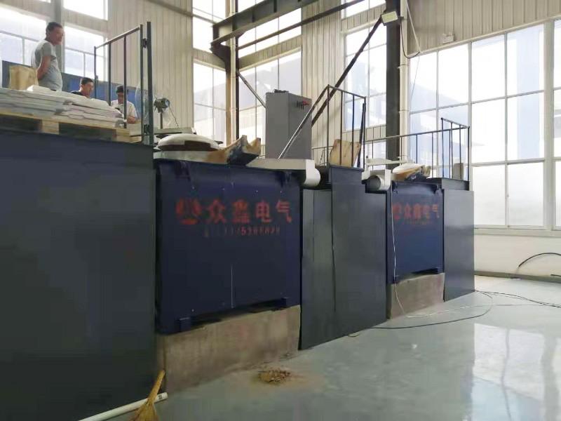 中频熔化炉使用现场
